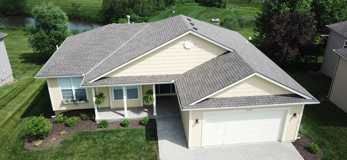 Roofing Contractor in Gladstone, MO