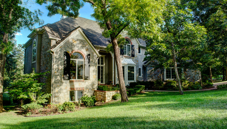 Why Replace Wood Shakes with DECRA Stone Coated Metal Roofing
